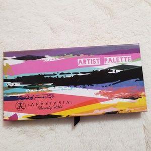 Anastasia artist palette
